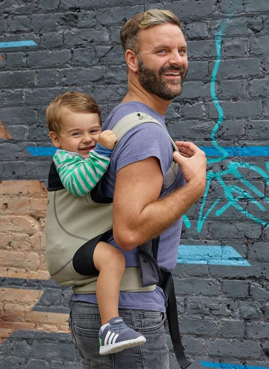 Close Carrier caboo closeparent parent newborn stretchy wrap premature baby anniversary print baby sling baby carrier sling hire sling library sling rent rental buckle carrier back carry khaki