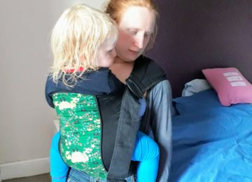scootababy buckle carrier sling baby toddler front hip back ring sling hire buy rent library try before you buy scootababy dragons Front carry with a toddler.