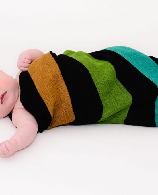 mum mummy mama swandoodle cuski comforter cuddly snuggly bamboo cotton calm family baby swaddle black rainbow stripes wrap